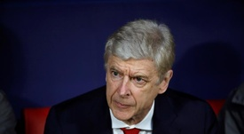 Wenger said he regretted staying at Arsenal so long. EFE