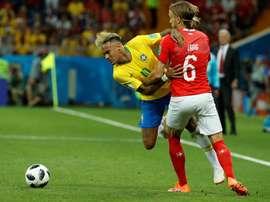 Le Brésil reste devant. EFE