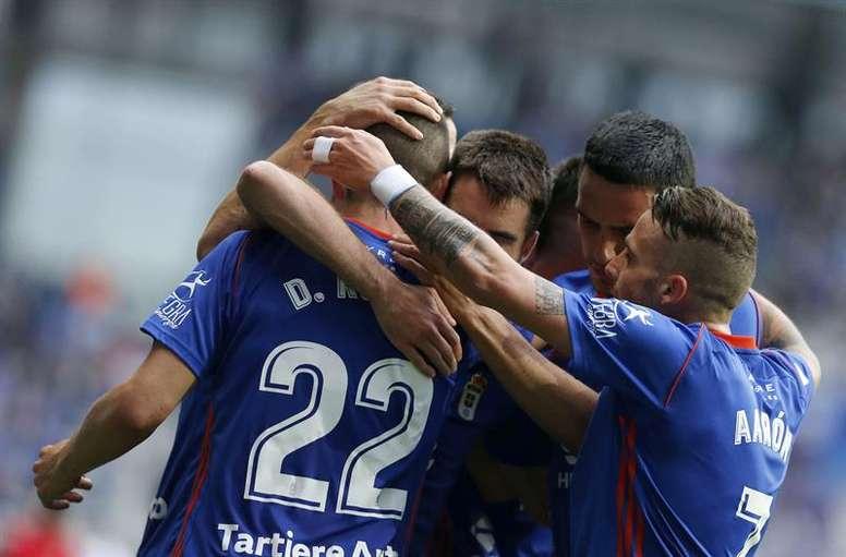 El Oviedo ganó con claridad al Sanse. EFE