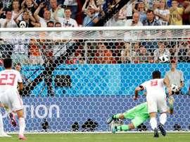 El penalti que supuso el empate de Irán. AFP
