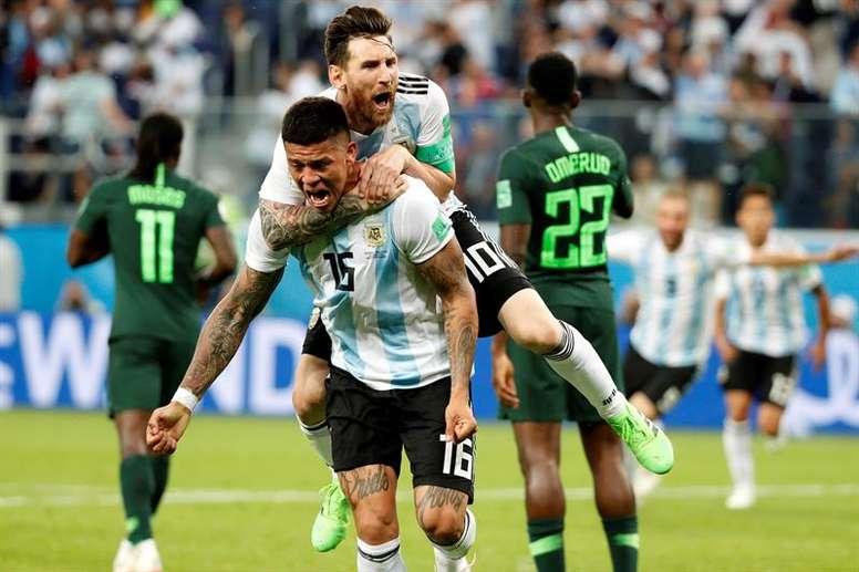 Rojo no olvida las derrotas en Copa América. EFE