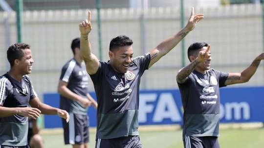 El presidente supo que el jugador también llegó a un acuerdo con el Bursaspor. EFE