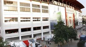 Grupos de inversores chinos y rusos habrían presentado ofertas al Sevilla por el club. EFE