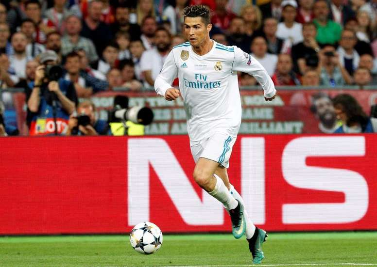 Ronaldo has received offer after offer. EFE