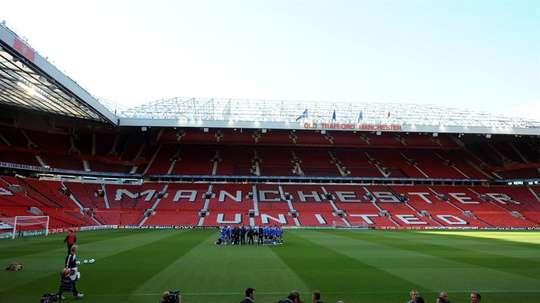El Manchester United ofreció a los pequeños visitar Old Trafford. EFE