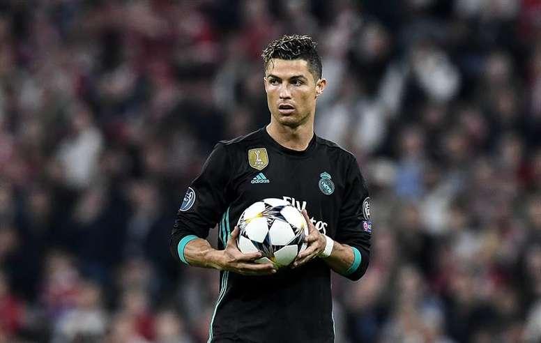 Cristiano, à la Zlatan. EFE