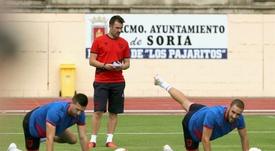 López Garai elogió a su futbolista. EFE