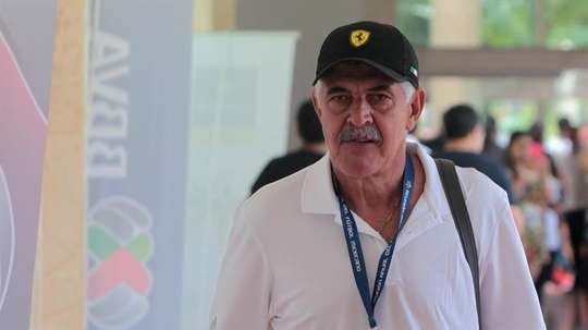 Feretti pictured while in charge of Tigres. EFE