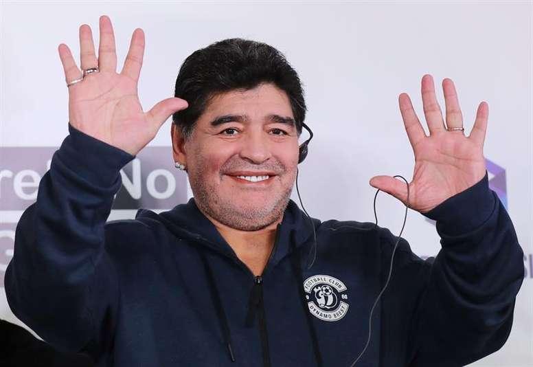 Maradona has taken up his new post in Brest (Belarus). EFE