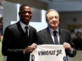 Apresentaçao de vinicius junior no estadio Santiago Bernabéu. EFE