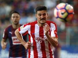 Sergio Álvarez se marchó emocionado. EFE