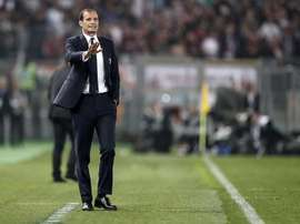 Allegri thanks Higuain for 'two seasons during which he gave his best'. EFE