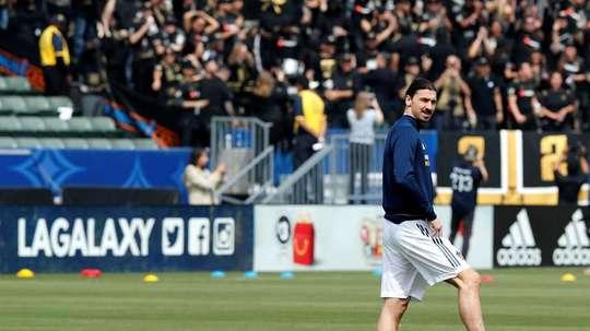Zlatan Ibrahimovic fez um jogaço contra o Orlando. EFE/Archivo