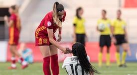 Athenea se convirtió en la primera futbolista del Dépor en jugar en la Absoluta. EFE