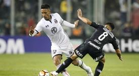 Boca pasa de Guerrero y se fija en Lucas Barrios. EFE