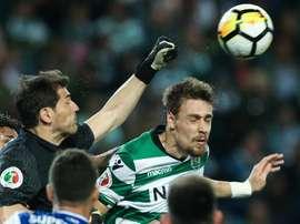 Casillas volverá a defender un año más la portería del Oporto. EFE/Archivo