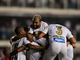 O Santos viaja até a Argentina para encara o Independiente. EFE/Archivo