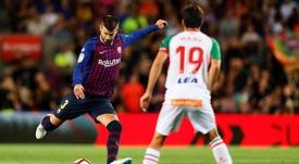 Alavés e Barcelona se enfrentam pela última rodada do Campeonato Espanhol. EFE
