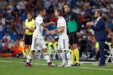 A escalação de Dembélé custou cinco milhões de euros ao Barça. Goal