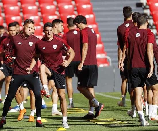 Remiro sigue sin jugar en el Athletic. EFE