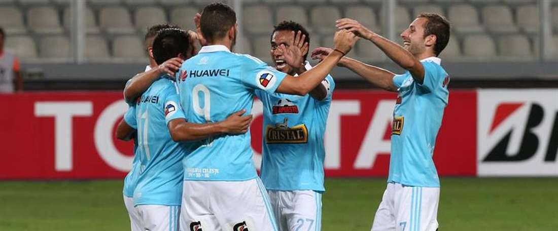 Sporting Cristal aventaja al segundo clasificado en cinco puntos con seis en juego. EFE