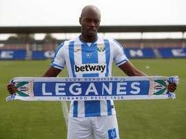 Nyom fue presentado como jugador del Leganés. EFE