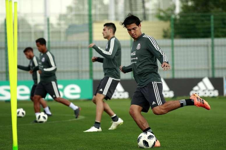 El Chelsea intentó el fichaje de Erick Gutiérrez. EFE