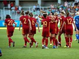 España ganó a lo grande. EFE