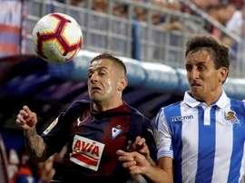 Le derby basque entre Eibar et la Real Sociedad se jouera le 10 mars. EFE
