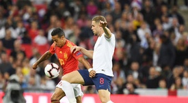 Henderson has admitted that he suffered in midfield against 'La Roja'. EFE