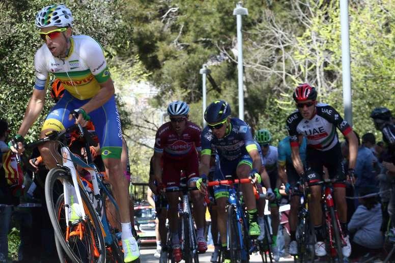 El ciclista español del Soul Brasil Jordi Simón (i). EFE/Archivo