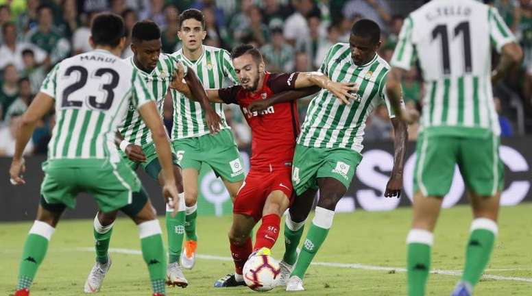 Carvalho se llevó un doble mal rato. EFE