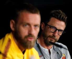 Di Francesco pareció muy afectado por la polémica con su hijo. EFE