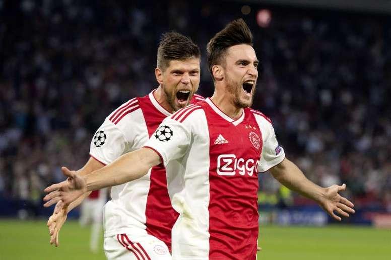 El Ajax no se conformará con menos de 45 'kilos' por el lateral zurdo. EFE