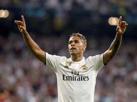 Mariano scored the goal of the night as Real Madrid defeated Roma 3-0. EFE