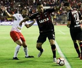 Atlético Paranaense dio el primer golpe en Venezuela. EFE