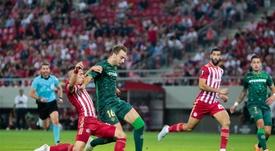 Tsimikas llegará al Liverpool para reforzar el lateral. EFE