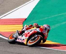 El piloto español de Moto GP Marc Márquez durante la sesión clasificatoria celebrada hoy en el circuito de Motorland Aragón, donde este fin de semana se disputa el Gran Premio Movistar Aragón de MotoGP. EFE