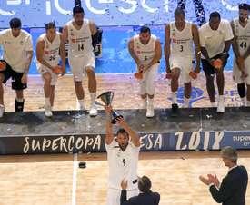 El Real Madrid logra su quinto título de la Supercopa Endesa, al derrotar hoy en la final disputada en el Multiusos Fontes do Sar de Santiago de Compostela al Kirolbet Baskonia por 80-73. EFE