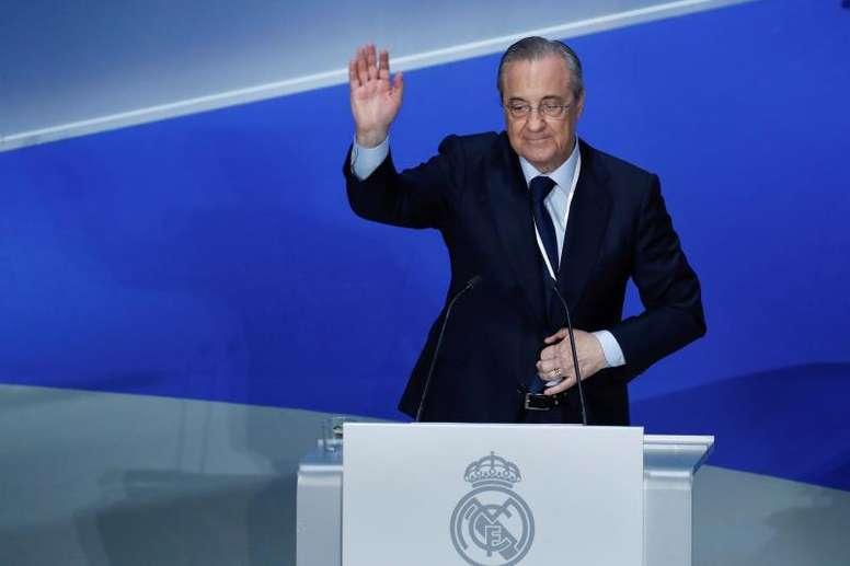 Florentino Pérez quer resolver a crise de gols. EFE