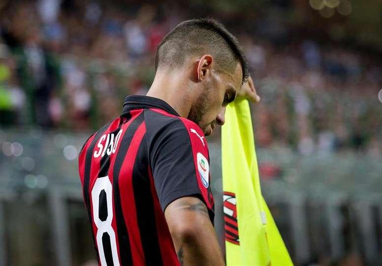 Pese a estar discutido, Suso quiere seguir en el Milan. EFE
