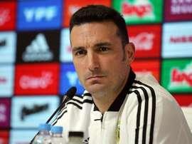 Scaloni ya tendría definido el once para el primer Argentina-México. EFE