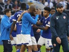 Los jugadores del Schalke celebran su triunfo ante el Maguncia. EFE/EPA