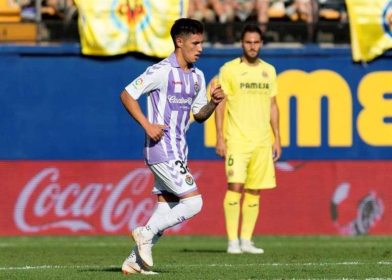 El jugador cedido por el Villarreal se ha hecho con un hueco. EFE