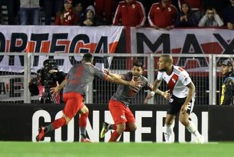 River e Independiente se enfrentarán este domingo en un duelo en la cumbre. EFE/Archivo
