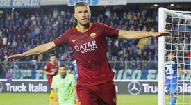 Dzeko is linked with a move away from Roma. EFE