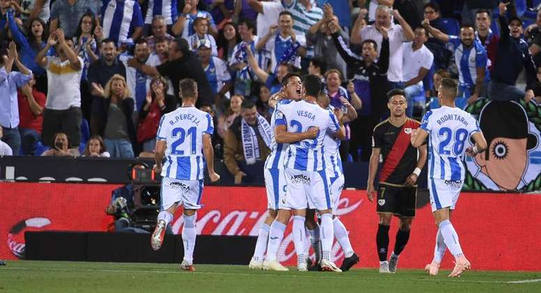 Carrillo, contento por el punto ante el Atlético.  EFE