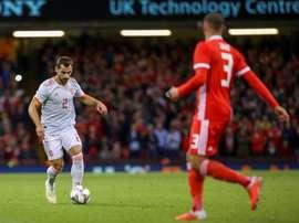 Jonny no terminó el encuentro ante Bosnia por lesión en la rodilla. EFE/Archivo