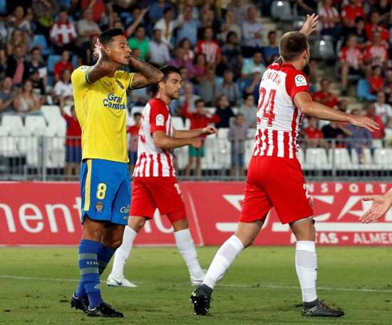 Las Palmas, en problemas de gol y rendimiento. EFE
