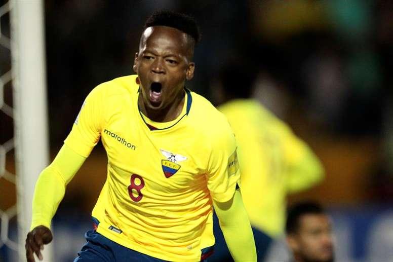 Ecuador se enfrenta a Omán. EFE